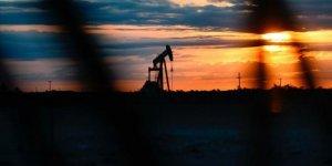 Irak petrol üretimini günde 1.25 mln. varil kısacak