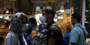 İran'da Kovid-19'dan son 24 saatte 176 kişi hayatını kaybetti