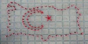 """Ayasofya Meydanı'nda """"15 Temmuz"""" konulu koreografi ilgiyle izlendi"""