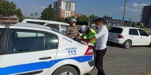 Hız yapan sürücülere 21 bin 700 lira ceza