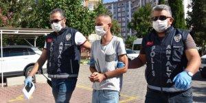 Antalya'da annesini öldürdüğünü itiraf eden zanlı tutuklandı