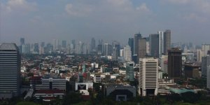 Indonesia's economy shrinks after over 20 years