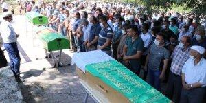 Kızılırmak'ta boğulan baba ve 2 çocuğunun cenazeleri Kayseri'de defnedildi