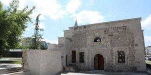 Kayseri'de tarihi Çandır Camii restore edildi