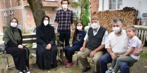 Kovid-19 teşhisi konulan 16 kişilik aile yaşadıklarını unutamıyor