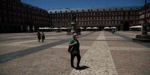 İspanya'da son 24 saatte 9 bin 658 Kovid-19 vakası açıklandı