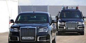 Rusya Devlet Başkanı Putin, makam aracının direksiyonuna geçti