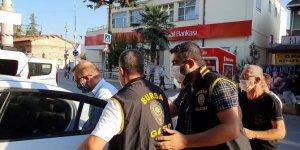 Bursa'da bir gazeteci rüşvet ve şantaj iddiasıyla gözaltına alındı