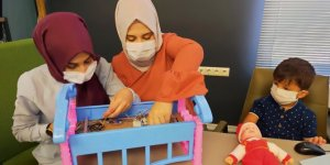 Yeğeni için tasarladığı 'akıllı beşik' için TÜBİTAK'tan 200 bin TL destek aldı