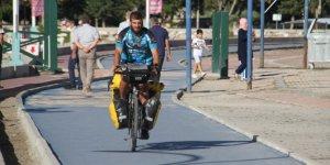 Bisikletiyle Tayland'dan yola çıktı, Beyşehir'de mola verdi