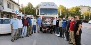 Konya'dan Suriye'ye 3 tır yardım gönderildi