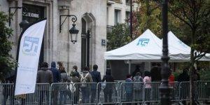 Fransa'da son 24 saatte hastanelerde 426 kişi öldü