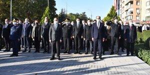 KonyaAtatürk Anıtı'nda tören düzenlendi