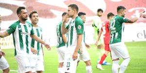Konyaspor'da Artem Kravets döndü