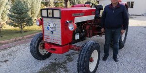 Baba yadigarı traktöre 27 yıl sonra yeniden kavuştu