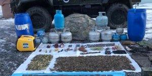 PKK'lı teröristlere ait mühimmat ve yaşam malzemesi ele geçirildi