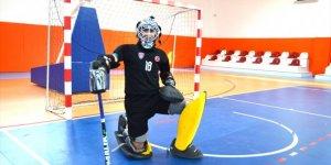 Milli hokeyci Abdullah Ensar Turna, Avrupa'dan sonra dünyanın da en iyisi olmak istiyor