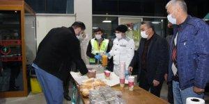 Seydişehir'de güvenlik güçleri ve sağlık çalışanlarına sıcak çorba ikramı