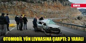 Konya'da otomobil yön levhasına çarptı: 3 yaralı