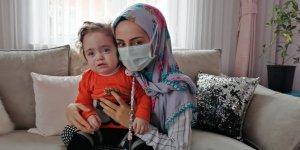 Konya'da Özşen çifti, enzim hastası kızlarının tedavi için yardım eli bekliyor