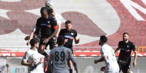 Adil, Yeni Malatyaspor maçında yok