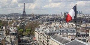 Fransa'da Senato, ayrılıkçı yasa tasarısına üniversite koridorlarında ibadeti yasaklayan madde ekledi