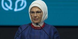 Emine Erdoğan: Şiddet salgınını ortadan kaldırmak için iş birliğimizi daha da artırmalıyız