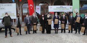 Konya'nın 4 ilçesinde 19 bin fidan dağıtıldı
