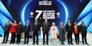 Başkan Altay, AK Parti'nin kongresinde divan heyetinde yer aldı