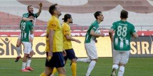 Konyaspor'da Shengelia 4. golünü attı