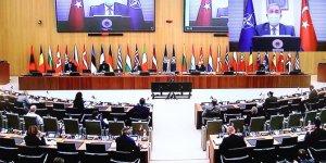 Bakan Akar, NATO'nun Afganistan toplantısına katıldı