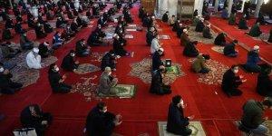 En yakın camide cuma namazı kılınabilecek