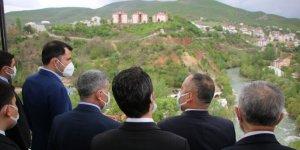 Bakan Kurum Tunceli'de temaslarda bulundu
