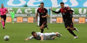 Konyaspor'da Amir cezalı duruma düştü