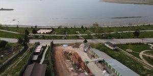 Beyşehir Gölü kıyıları sessizliğe büründü