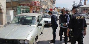 Karapınar Kaymakamı Oğuz Cem Murat, Kovid-19 denetimlerine katıldı