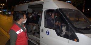 Fazla yolcu taşıyan minibüs şoförüne ceza