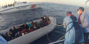 Türkiye Yunanistan unsurlarınca geri itilen 3 bin 763 sığınmacıyı kurtardı