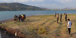 Serinlemek için göle giren Suriyeli çocuk boğuldu