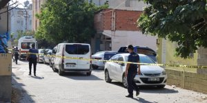 Bir kişi eşini silahla yaraladıktan sonra intihar etti
