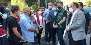 Tarım ve Orman Bakanı Pakdemirli'den Bartın'daki selde ölen kadının ailesine taziye ziyareti