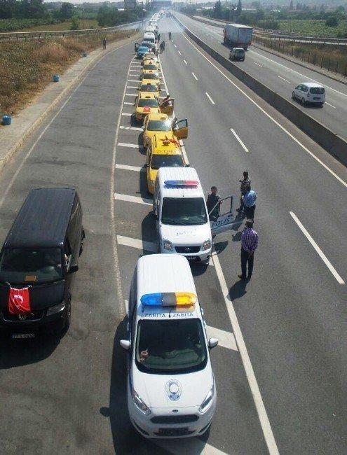 5 kilometrelik demokrasi konvoyu