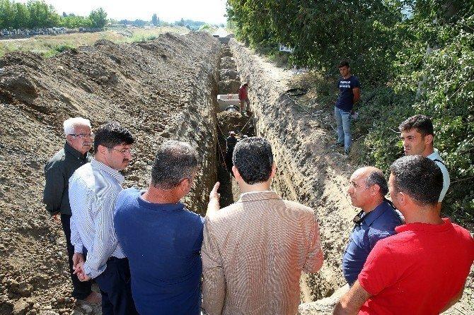 Başkan Eroğlu, alt yapı ve yol çalışmalarını yerinde inceledi