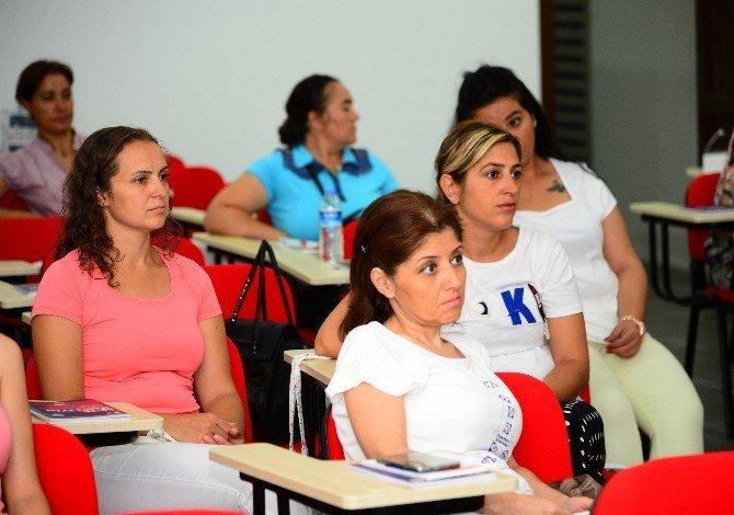 Kadınlar iş dünyası için eğitimlerini aldı