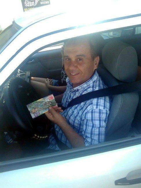 Polisten sürücülere ceza yerine Expo bileti