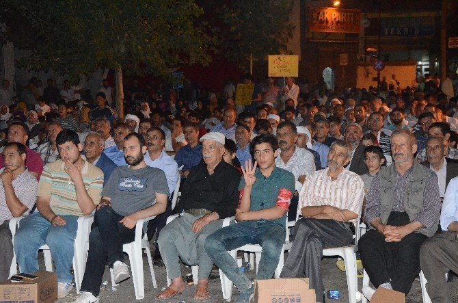 Siverekliler,  demokrasi nöbetinin 13. gününde meydanları doldurdu