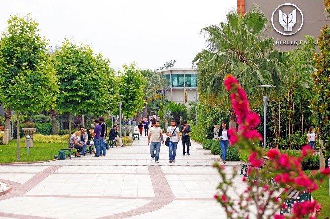 Yaşar Üniversitesi AB'li oldu