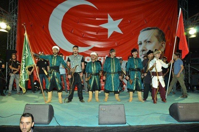 Yeşilyurt Alpler Kulübü Okçuları milli irade nöbetinde
