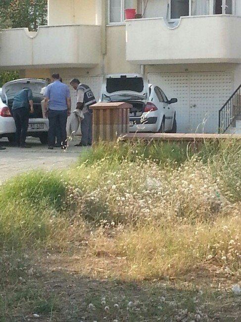 FETÖ'nün İzmir İmamının yardımcısının evine operasyon