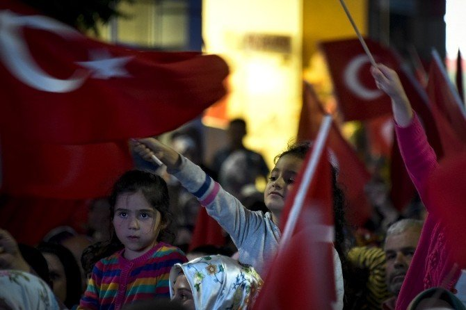 Gümüşhane'de Demokrasi Nöbeti 14.gününde